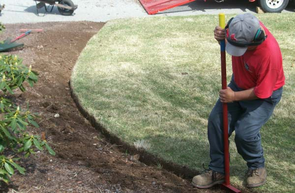 Spring Clean up garden bed re-edging in Wayne New jersey